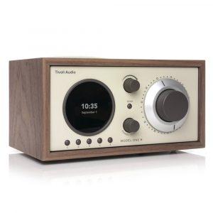 ivoli Audio Model One+ walnut beige